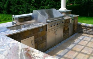phoca_thumb_l_outdoor-kitchen-saratogaRESIZED